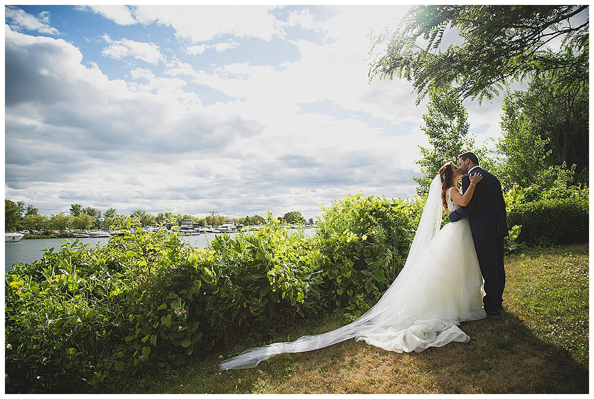Theatre Paradoxe wedding photo